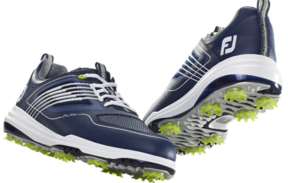 Trois chaussures : stabilité, confort et étanchéité
